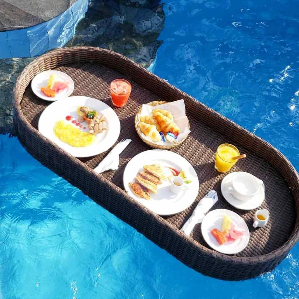 Floating breakfast Bali